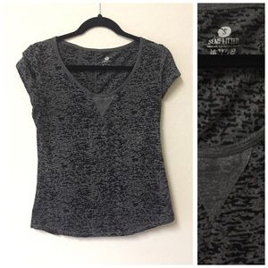 Old navy active top tee Sz SMALL